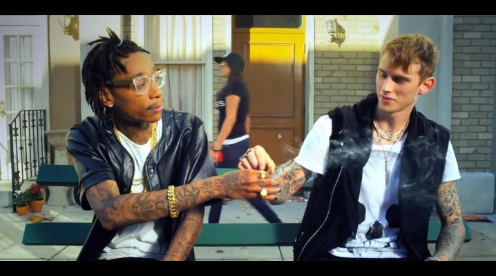 Machine Gun Kelly Ft  Wiz Khalifa – Mind of a Stoner (Subtítulos Español)