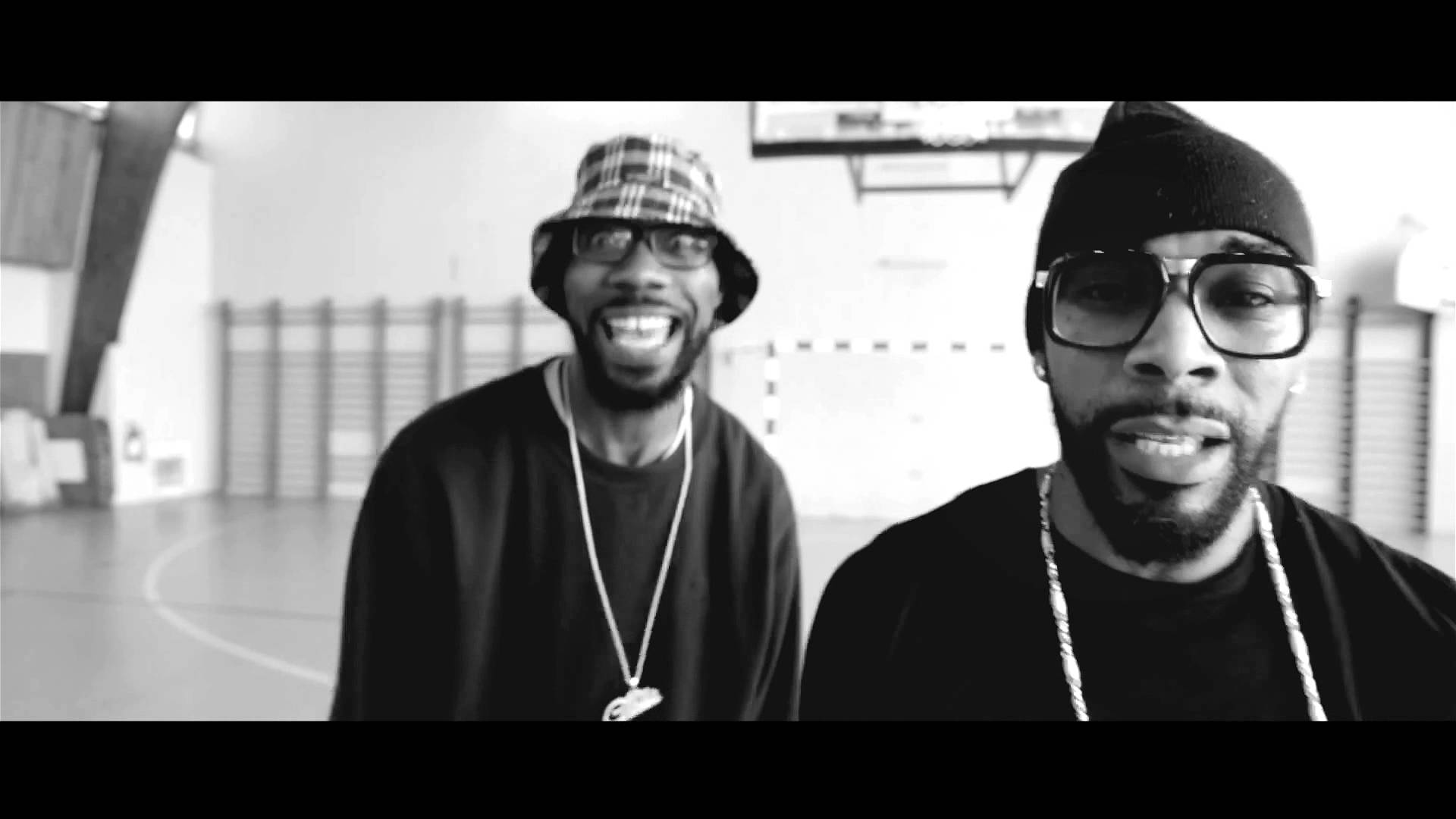 Dandyguel ft Busta Flex y Ol'Kainry – Pas de Questions