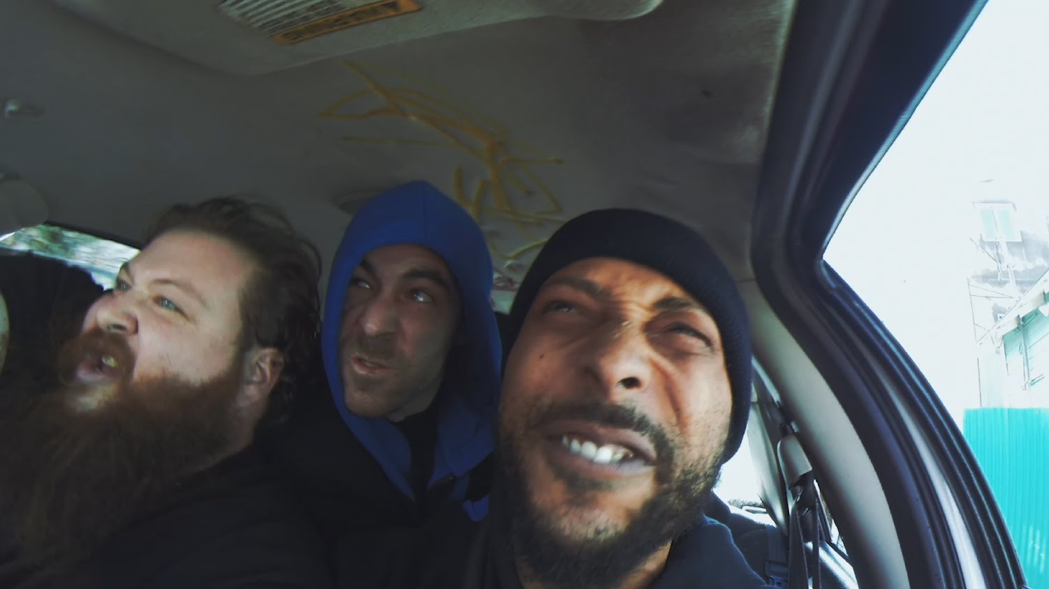 The Alchemist & Oh No Ft Action Bronson – Driving Gloves