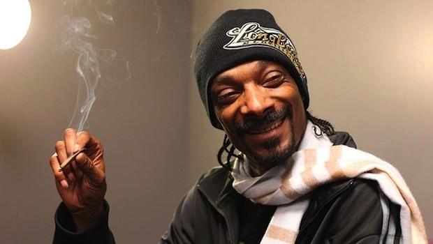 Arrestan a Snoop Dogg por llevar más dinero del debido