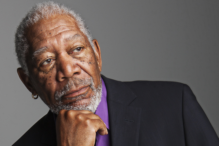 Morgan Freeman come, bebe y fuma marihuana