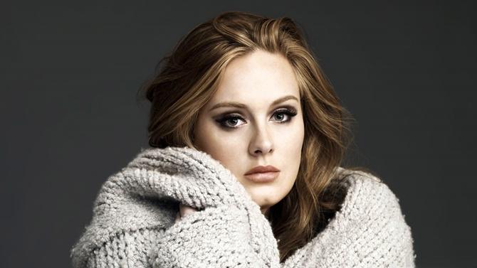 Adele demuestra que sabe rapear bastante bien