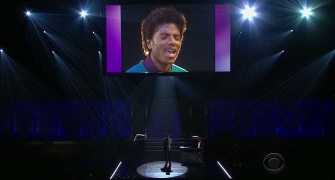 Miguel resucita a Michael Jackson