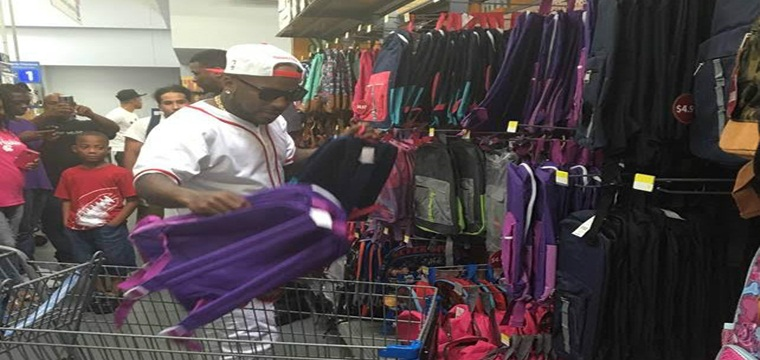Jeezy dona 2.500 mochilas a estudiantes de Atlanta