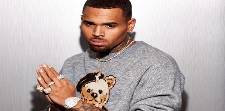 Chris Brown denunciado por amenazar de muerte a una mujer