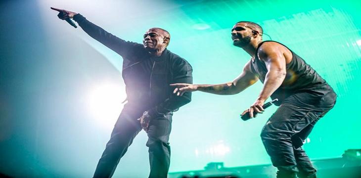 Drake la lía subiendo al escenario a Dr.Dre y Ice Cube