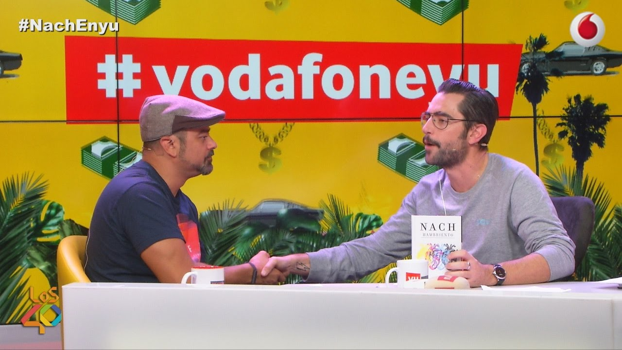 Nach habla de su nuevo libro en una entrevista para VodafoneYu