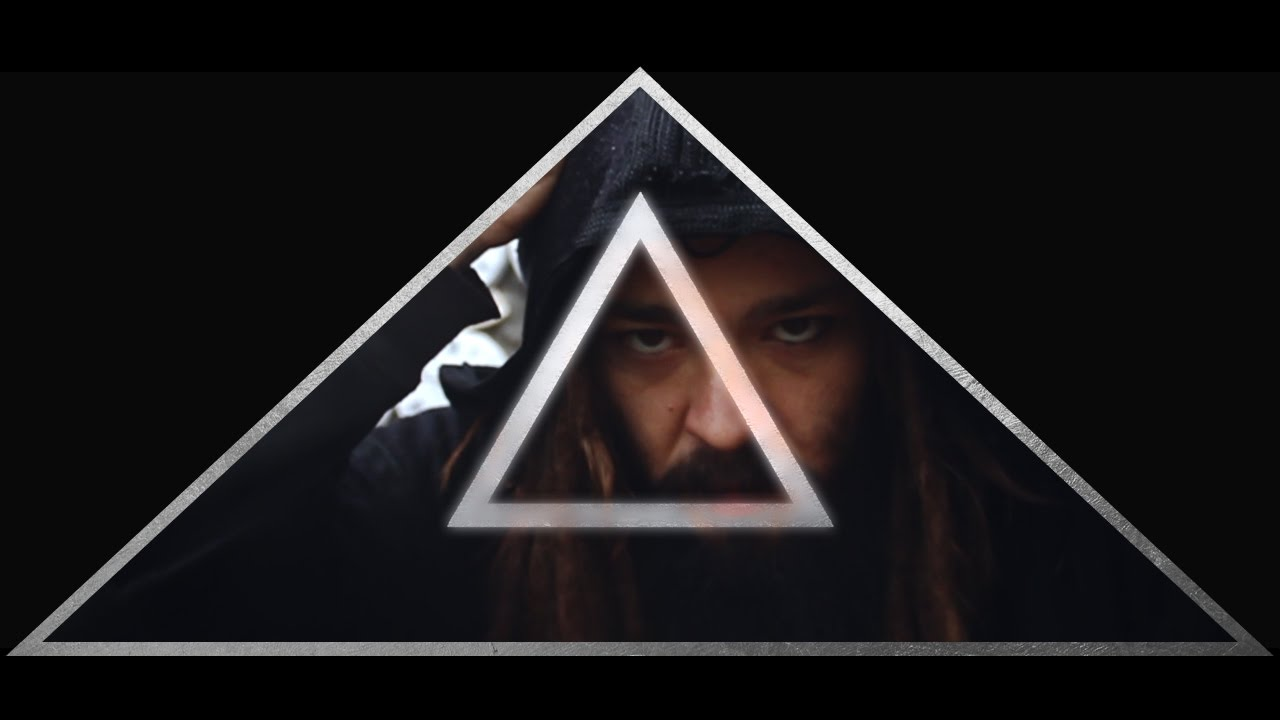Ricky Hombre Libre – Illuminati