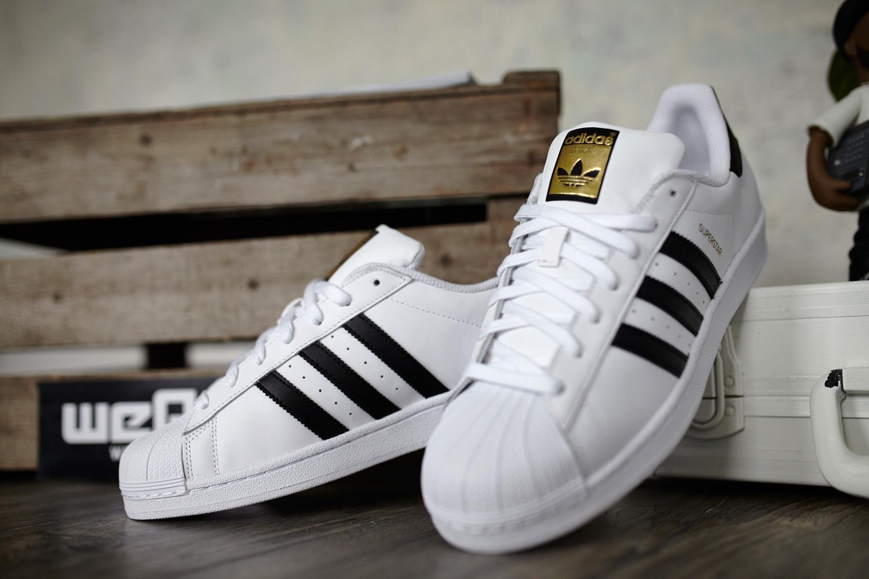07c3494731e34 Todas estas zapatillas y más las podréis ver y comprar en la web  TheSneakerone .