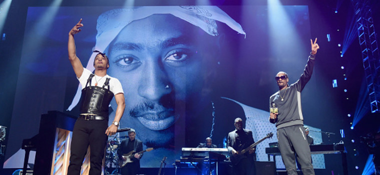 Así fue la entrada de 2Pac en el Rock & Roll Hall of Fame: Snoop, T.I., YG, Alicia Keys…