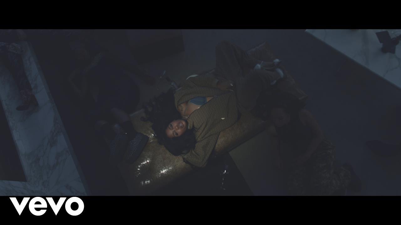 SZA – Drew Barrymore