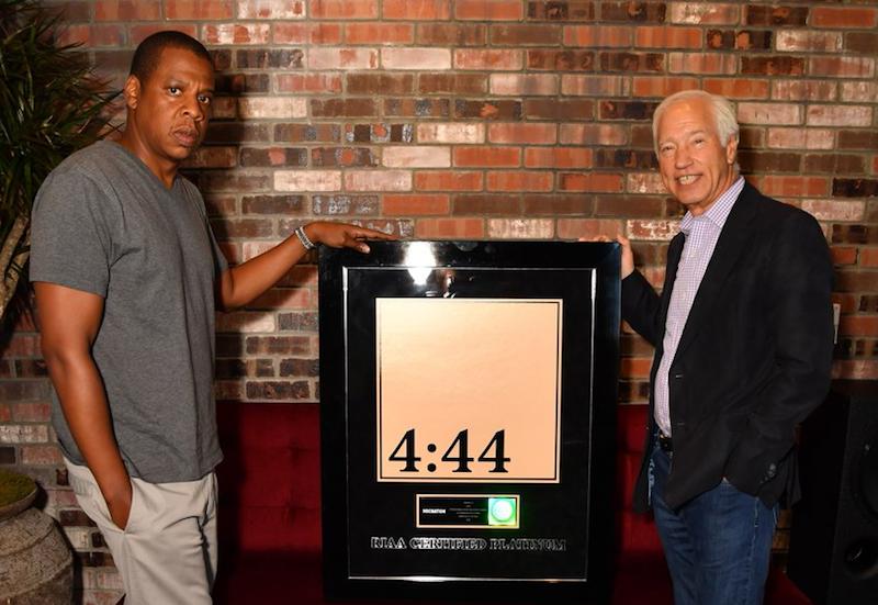 El disco «4:44» de Jay-Z obtiene el sello platino de un modo curioso