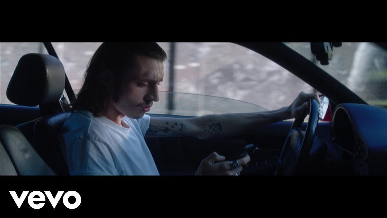 Roméo Elvis & Le Motel – Les hommes ne pleurent pas