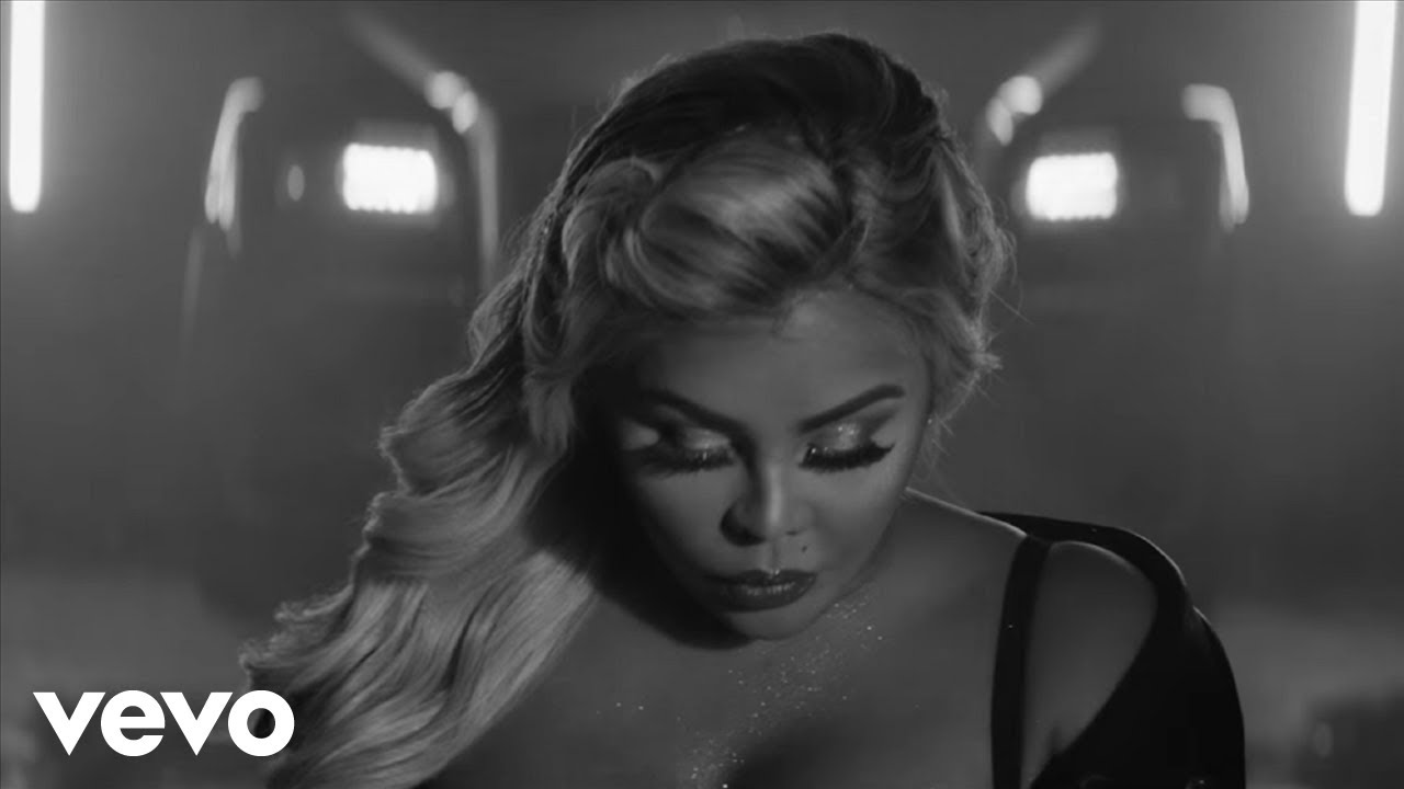 Lil' Kim – Took Us A Break