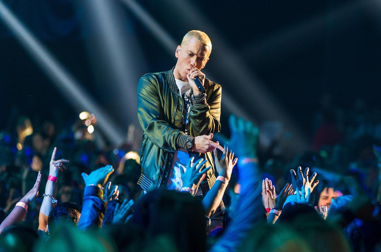 Eminem podría lanzar su nuevo disco este domingo