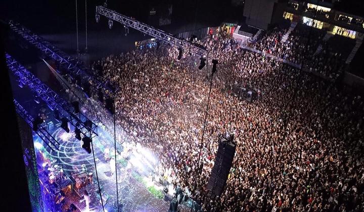 Kase.O dio un concierto para 14.000 mil personas en Madrid