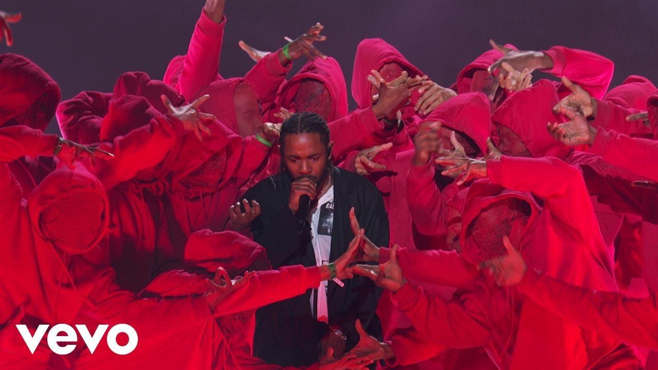 Kendrick Lamar Ft U2 & Dave Chappelle – Performance (Directo)
