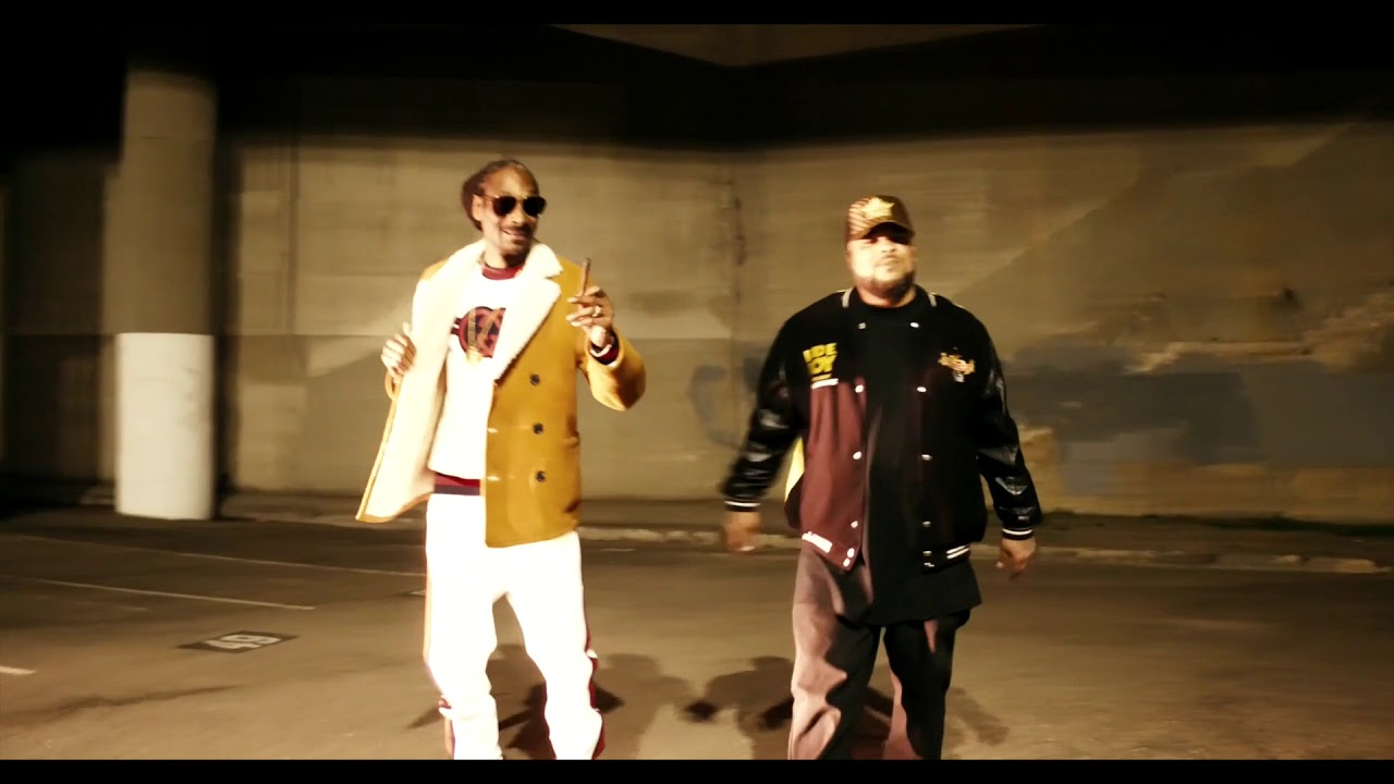 Snoop Dogg Ft Kokane – Doggytails