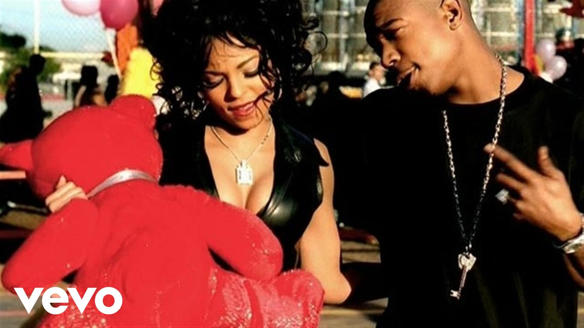 Ja Rule Ft Ashanti – Mesmerize