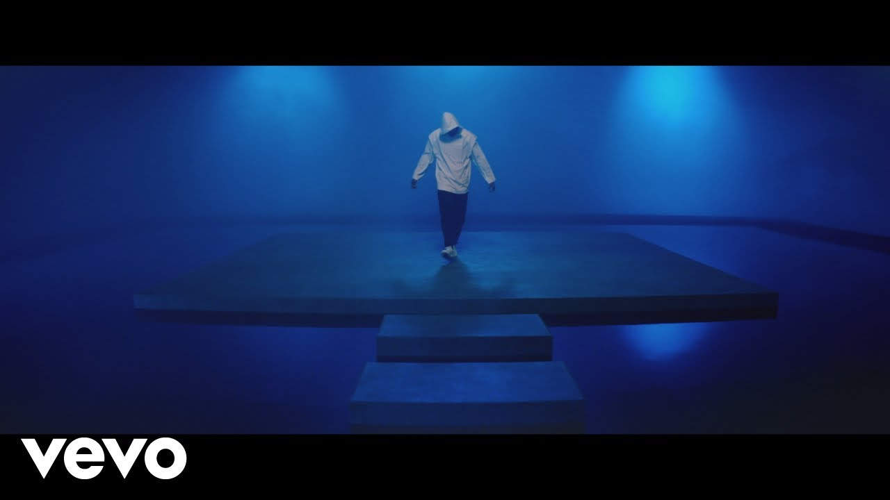Chris Brown – To My Bed