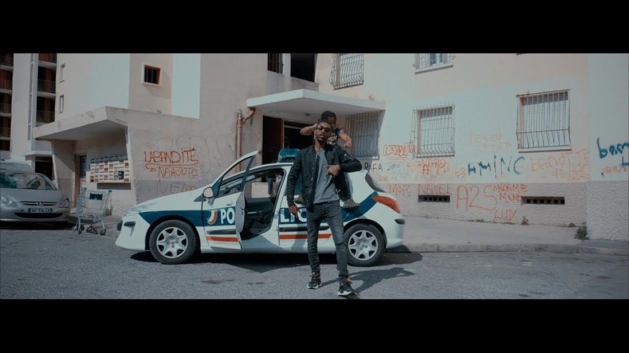 Guirri Mafia – Fait danser les Schmits