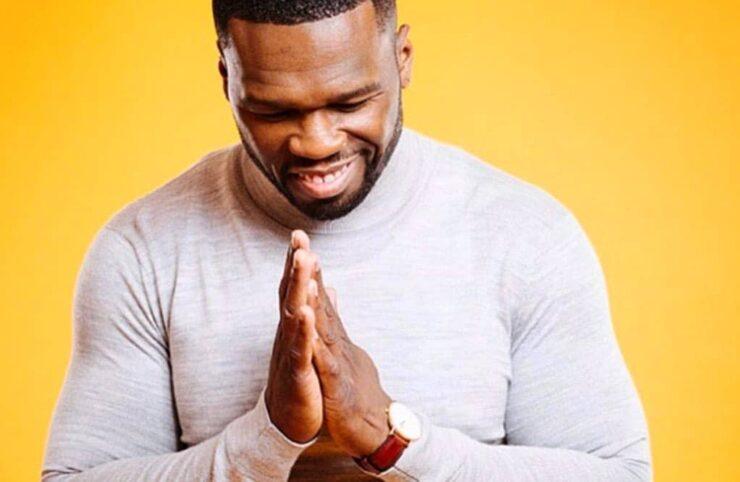 50 Cent vuelve a su barrio para donar pavos de «Acción de Gracias»
