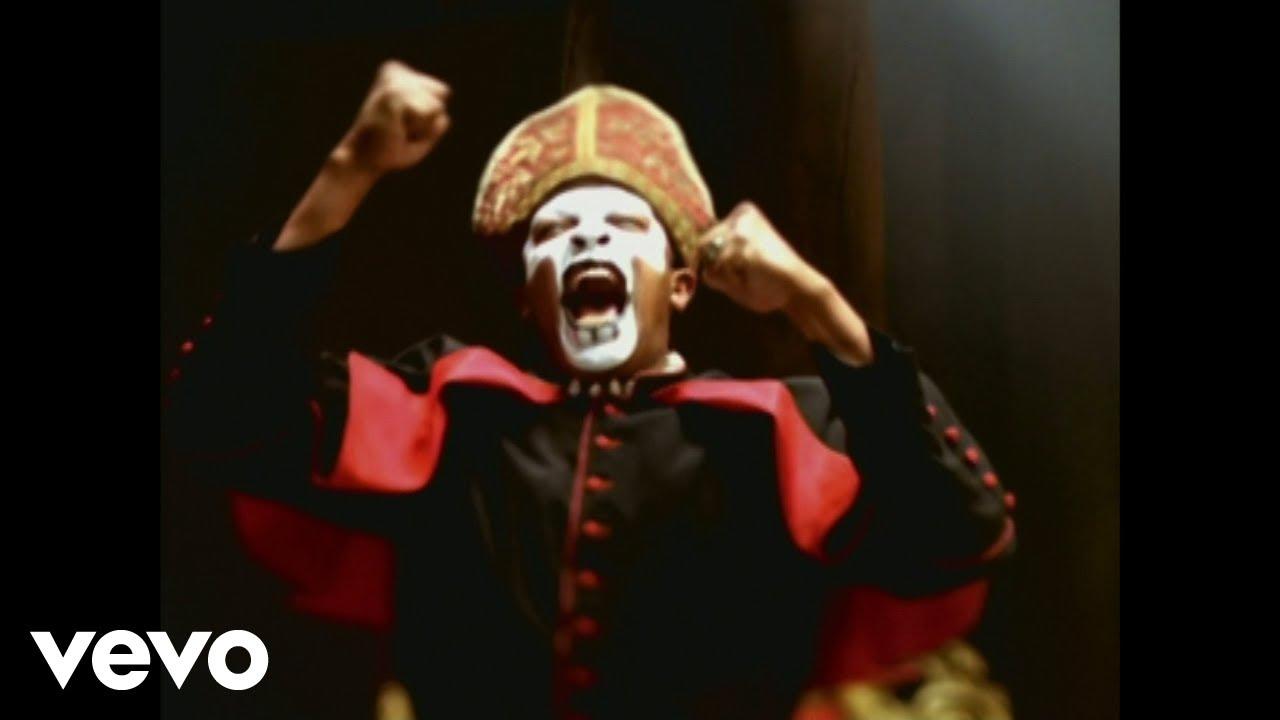 Dr. Dre puppet master