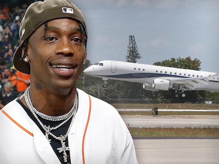 Travis Scott aterriza en Miami en un lujoso jet privado